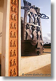 africa, benin, monument, ports, slave, vertical, photograph