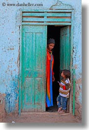 africa, al kab, childrens, doorways, egypt, vertical, villages, womens, photograph