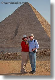 africa, carla, carla henry, clothes, couples, egypt, emotions, hats, henry, people, pyramids, smiles, sunglasses, tourists, vertical, wt people, photograph