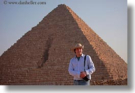 africa, carla henry, clothes, egypt, emotions, hats, henry, horizontal, people, pyramids, smiles, tourists, wt people, photograph