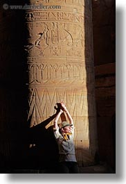 africa, arts, bas reliefs, columns, egypt, hyroglyphics, sculptures, vertical, vicky, victoria gurthrie, wt people, photograph