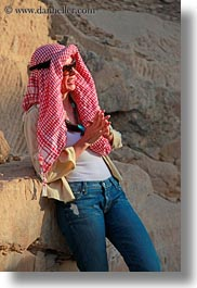 africa, clothes, egypt, emotions, keffiyeh, sandstone, scarves, smiles, vertical, vicky, victoria gurthrie, wt people, photograph