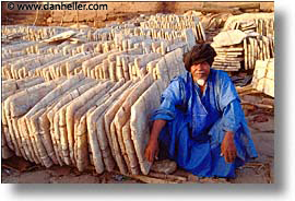 africa, horizontal, mali, merchant, rivers, salt, subsahara, photograph