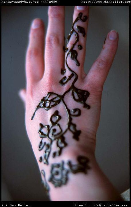 http://www.danheller.com/images/Africa/Morocco/henna-hand-big.jpg