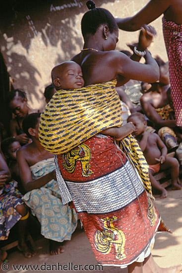 African baby dancing