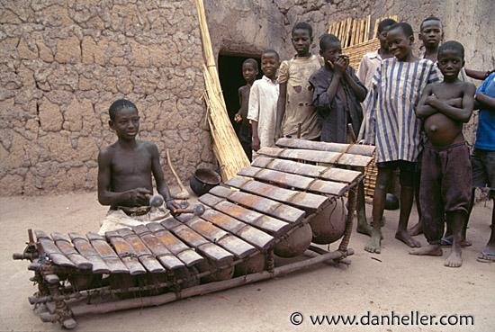 Wooden Xylophone | Wezandla African Craft Traders  |African Wooden Xylophone