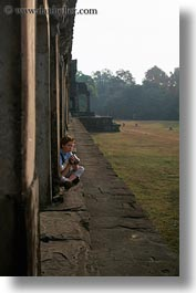 angkor, asia, cambodia, girls, people, vertical, wat, womens, photograph