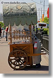asia, carts, city scenes, materials, moscow, peanut, russia, vendors, vertical, woods, photograph