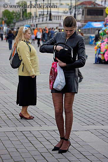tall-woman-w-long-legs-3.jpg asia, clothes, high-heeled, images, legs