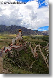 asia, asian, clouds, landscapes, nature, palace, sky, style, tibet, vertical, yumbulagang, yumbulagang palace, photograph