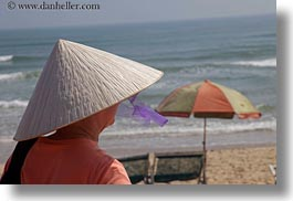 asia, beaches, conical, danang, hats, horizontal, vietnam, womens, photograph