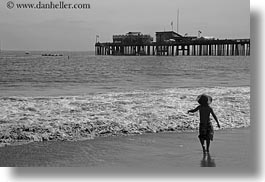 beaches, black and white, california, capitola, horizontal, kid, people, west coast, western usa, photograph