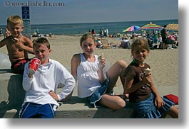 beaches, california, capitola, childrens, eating, horizontal, ice cream, people, west coast, western usa, photograph