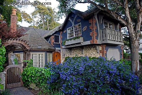Cute little house 3 for Big cute houses
