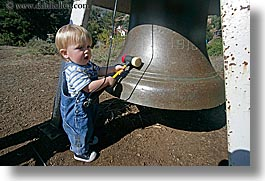 bells, big, california, discovery museum, horizontal, marin, marin county, north bay, northern california, san francisco bay area, toddlers, west coast, western usa, photograph