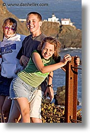 bonita, california, chase, childrens, indy kids, lauren, lindsay, marin, marin county, north bay, northern california, people, point, san francisco bay area, vertical, west coast, western usa, photograph