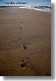 beaches, california, footprints, marin, marin county, materials, north bay, northern california, sand, vertical, west coast, western usa, photograph