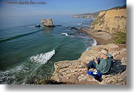 bear valley trail, california, clothes, couples, hats, horizontal, marin, marin county, north bay, northern california, ocean, shoreline, west coast, western usa, photograph