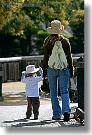 boys, california, childrens, hats, jacks, mothers, oakland zoo, toddlers, vertical, west coast, western usa, womens, photograph