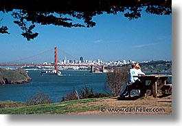 bridge, california, couples, golden gate, golden gate bridge, horizontal, national landmarks, san francisco, west coast, western usa, wide, photograph
