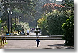 california, childrens, fountains, horizontal, people, running, san francisco, west coast, western usa, zoo, photograph