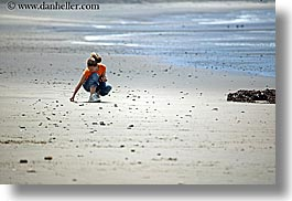 beaches, california, childrens, girls, horizontal, lindsay, people, santa cruz, west coast, western usa, photograph