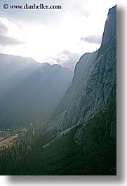 california, mountains, nature, sky, sun, sunbeams, sunrays, valley, valley view, vertical, west coast, western usa, yosemite, photograph