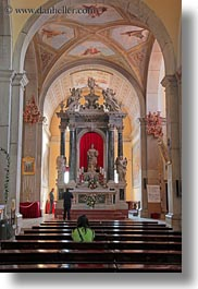 altar, arches, arts, churches, croatia, europe, pews, rovinj, statues, under, vertical, photograph