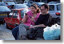 cellphone, cities, couples, england, english, europe, horizontal, london, people, united kingdom, photograph