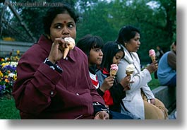 eating, europe, france, horizontal, ice cream, indians, paris, people, photograph