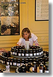 europe, france, grasse, molinard, people, perfumerie, perfumes, picking, provence, scents, vertical, womens, photograph