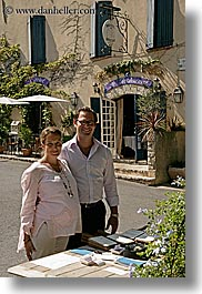 couples, europe, fathers, france, men, mothers, people, pregnant, provence, seillans, vertical, womens, photograph