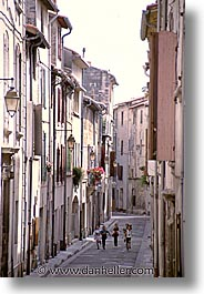 europe, france, provence, streets, tarascon, vertical, photograph