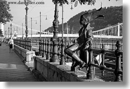 arts, black and white, budapest, europe, horizontal, hungary, little, princess, sculptures, photograph