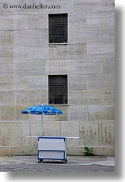 budapest, buildings, europe, exteriors, hungary, jewish, religious, synagogue, temples, umbrellas, vertical, walls, photograph