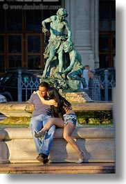 bronze, budapest, conceptual, couples, emotions, europe, hungary, men, people, romantic, statues, vertical, womens, photograph