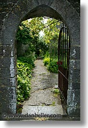 county shannon, europe, gates, ireland, irish, lough derg, open, shannon, shannon river, vertical, photograph