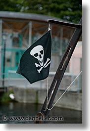 county shannon, europe, flags, ireland, irish, pirates, shannon, shannon river, vertical, photograph