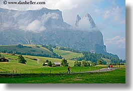 alto adige, dolomites, europe, hikers, hiking, horizontal, italy, rosengarten, scenics, photograph