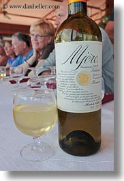 alcohol, europe, foods, italy, lunch, mjere, puglia, tables, vertical, white, wines, photograph