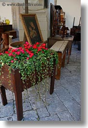 antiques, europe, flowers, italy, lecce, puglia, tables, vertical, photograph