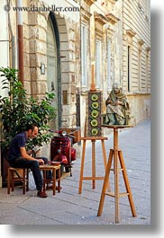 artists, europe, italy, lecce, people, puglia, streets, vertical, photograph