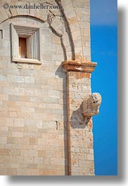 buildings, churches, europe, italy, ornaments, puglia, sky, trani, vertical, walls, photograph