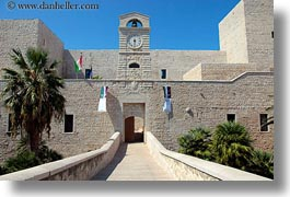 buildings, castles, entrance, europe, horizontal, italy, puglia, trani, photograph