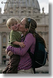 boys, childrens, europe, italy, jacks, jills, kissing, mothers, people, rome, toddlers, vertical, womens, photograph