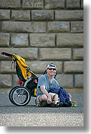 dans, europe, florence, italy, men, people, sitting, stroller, tuscany, vertical, photograph