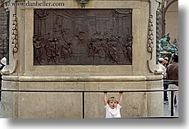 boys, childrens, europe, florence, horizontal, italy, jacks, people, plaques, toddlers, tuscany, yawn, photograph