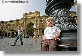 boys, childrens, europe, florence, horizontal, italy, jacks, lamp posts, people, sitting, toddlers, tuscany, photograph