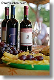 europe, foods, fruits, italy, red wine, tuscany, vertical, wines, photograph