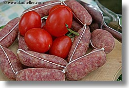 europe, foods, horizontal, italy, meats, sausage, tomatoes, tuscany, vegetables, photograph